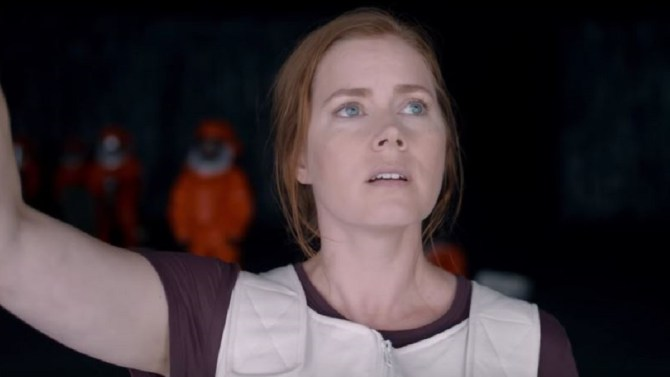 A touching sci-fi film featuring Amy Adams' best performance. Should've been nominated for Best Actress.