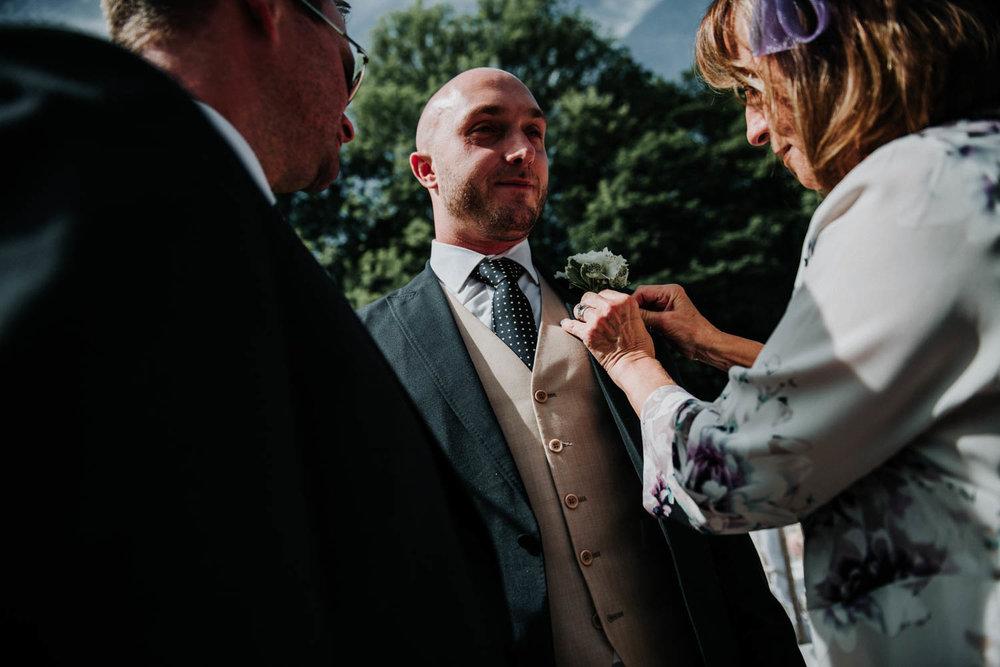 Woodlands-Leeds-wedding-photography (24 of 79).jpg