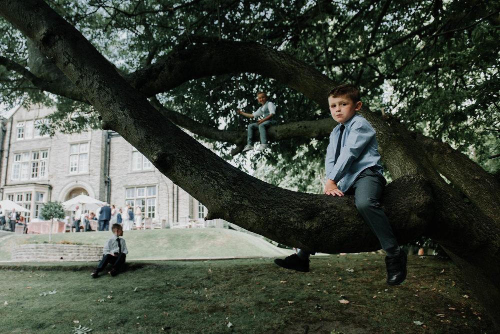 Woodlands-Leeds-wedding-photography (42 of 79).jpg