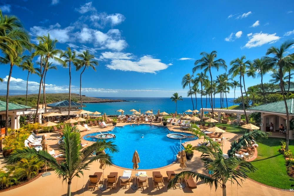 Luxuori_Four-Seasons-Lanai_L9001230409.jpg