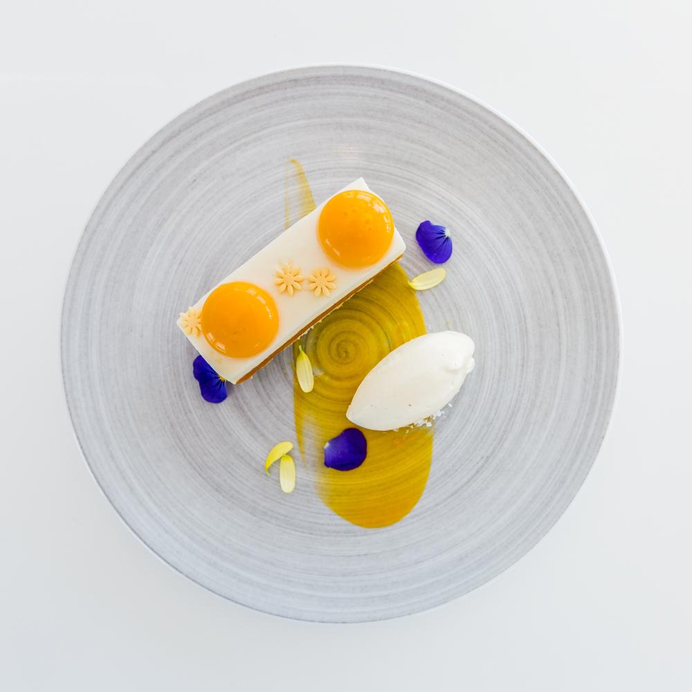 SIX-Desserts-9746.jpg
