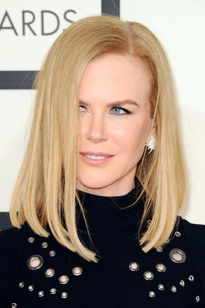 Nicole Kidman wore Turner & Tatler jewelry to the 2015 Grammys. The pieces worn include the Antique Diamond 10 Point Star Earrings (E28) .