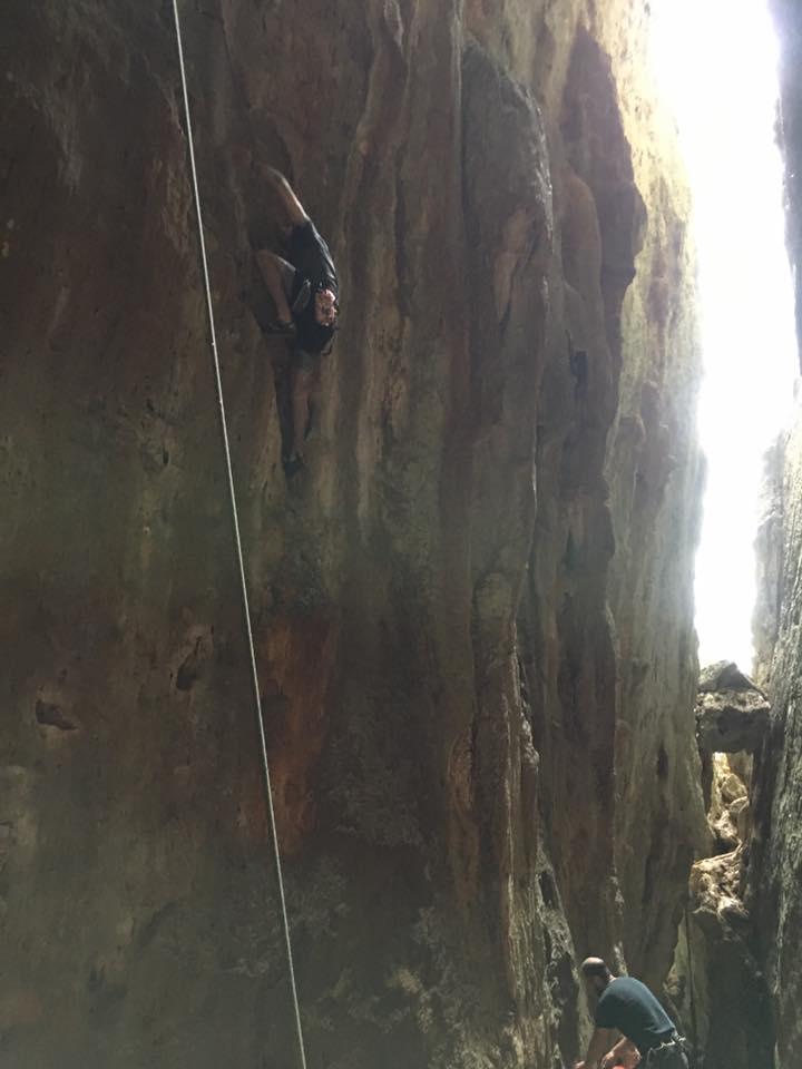 Cueva Larga
