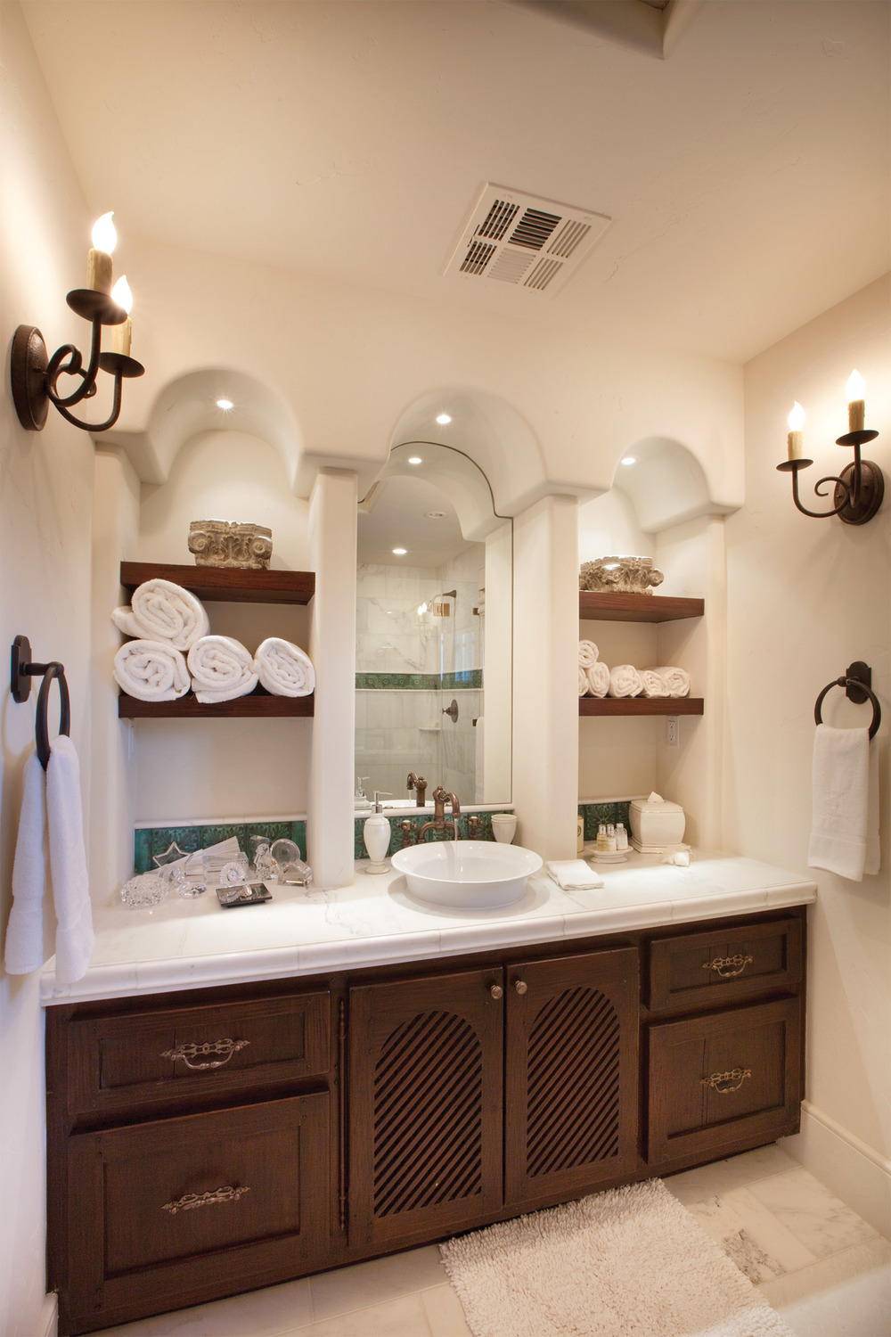 Trasitional Powder Bathroom