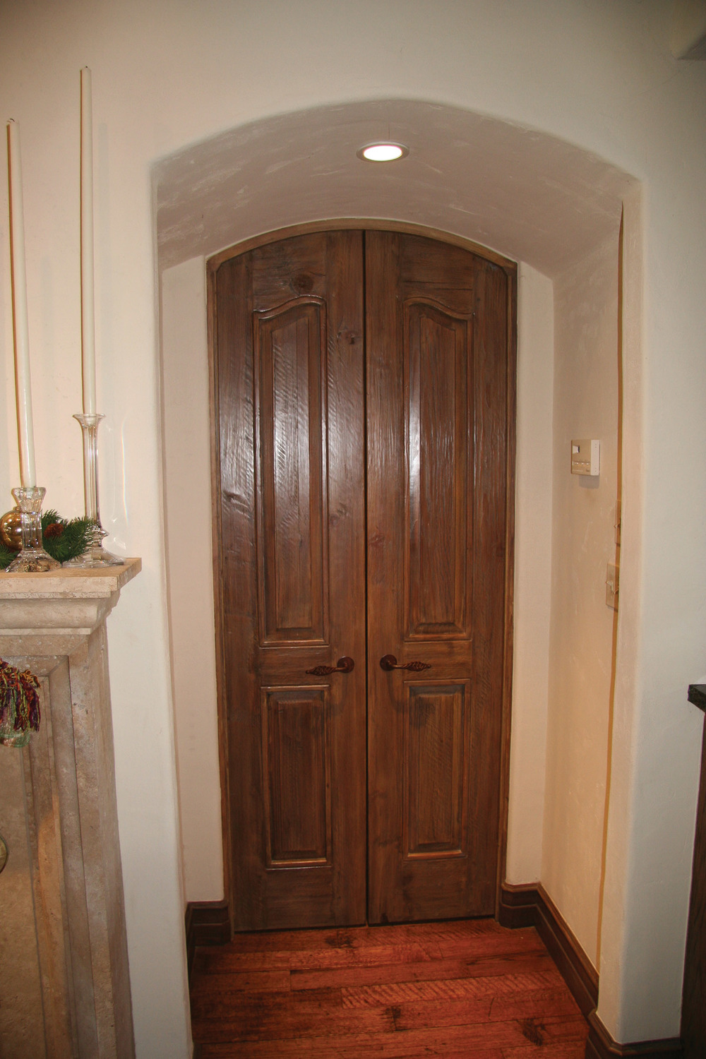 Old World Door - 409
