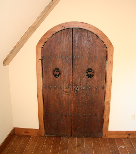 Old World Door - 421
