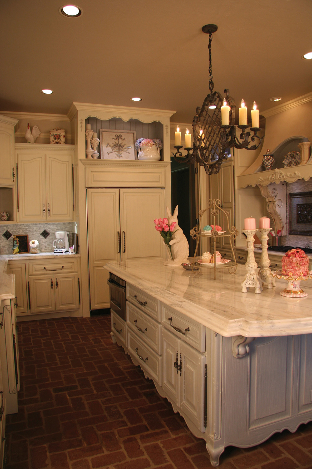 Old World White Kitchen.jpg