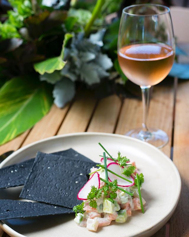A light fernery kingfish ceviche and a glass of rosé. 🌱  #thefernerymosman