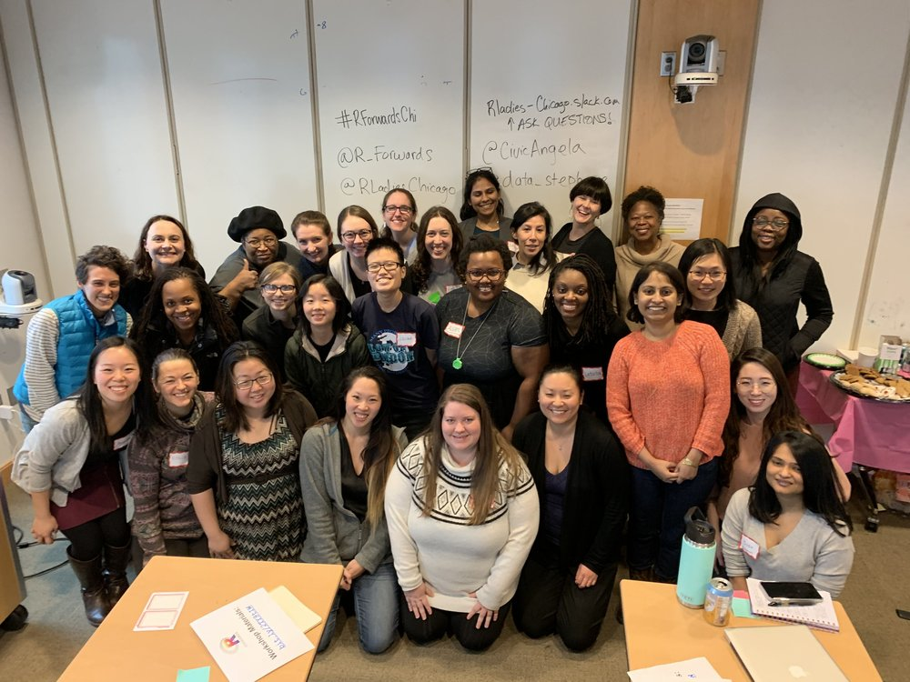 Attendees of the 2019 R Forward Package Workshop, taught by Angela and Stephanie of R Ladies Chicago!