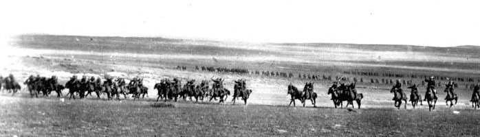 The charge of the 4th Australian Light Horse – Battle of Beersheba, October, 1917. Image courtesy of http://www.rfd.org.au/site/beersheba.asp