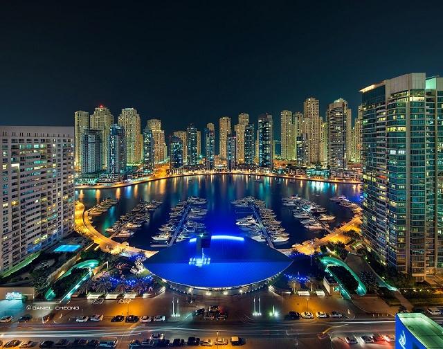Dubai Marina. Image courtesy of http://www.campinsco.com/2608/dsp_agent_page.php/211361