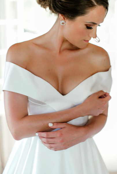 Collection Two - $3450 - 9 hours photographic coverageApproximately 600 edited, high-resolution imagesWedding images supplied on our custom USBOnline gallery to share with friends and familyComplimentary Engagement Session with 30 images