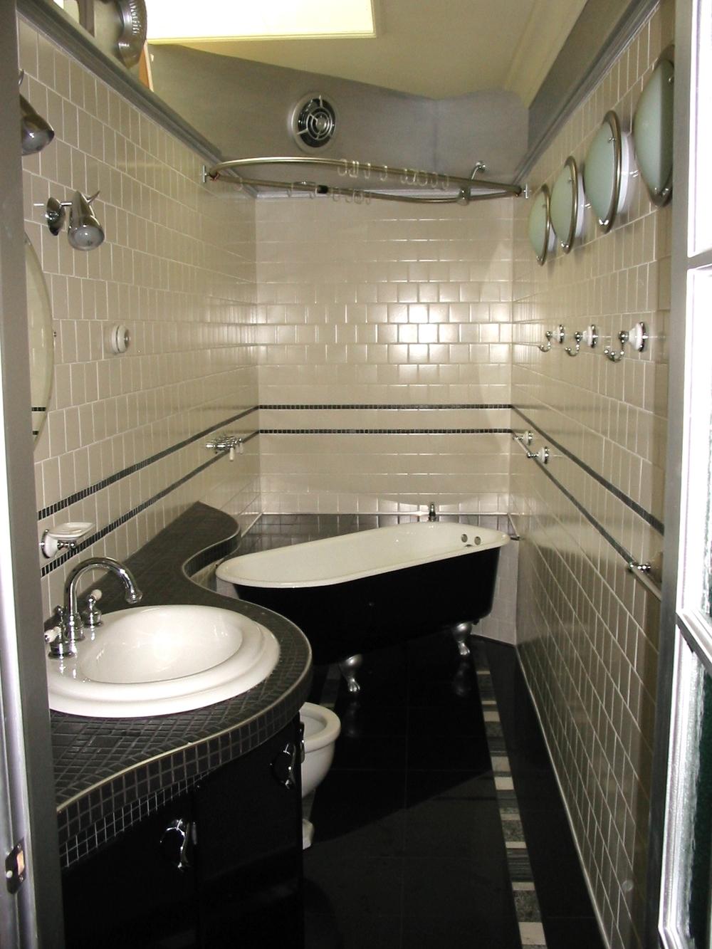 bathroompc.jpg