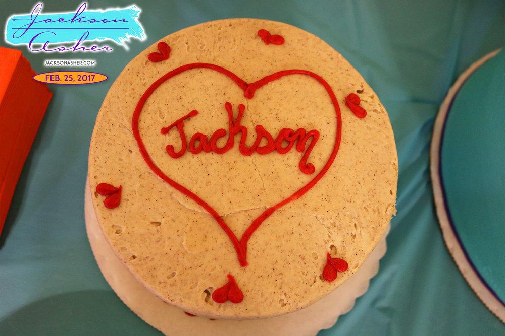 JA-Sip-n-See-CakeTable-8.jpg