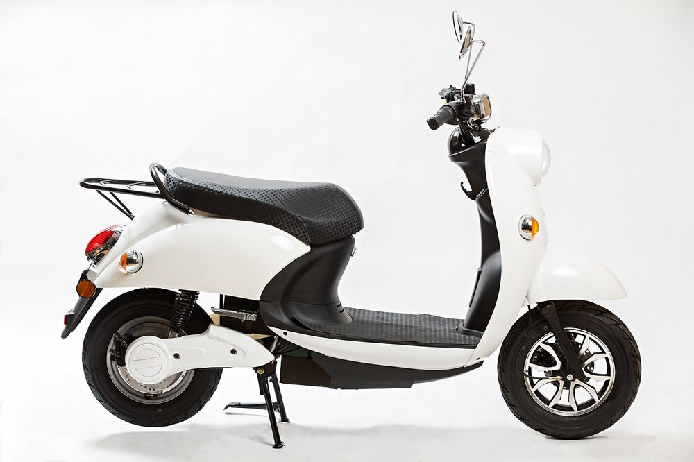 Agva Scooter white.jpg