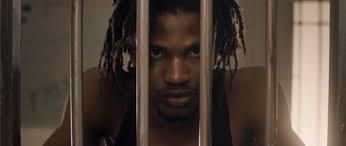 CAPTURELAND Un film de Nabil Elderkin / Fiction / 15 min / Jamaïque Un thriller poétique qui compte les aventures de Tocky, un jeune Rasta jamaïcain qui rêve de rejoindre la terre sacrée. C'est l'histoire d'un homme prêt à se défaire d'un passé de délinquant afin de poursuivre la finalité qu'il pense avoir sur cette terre.