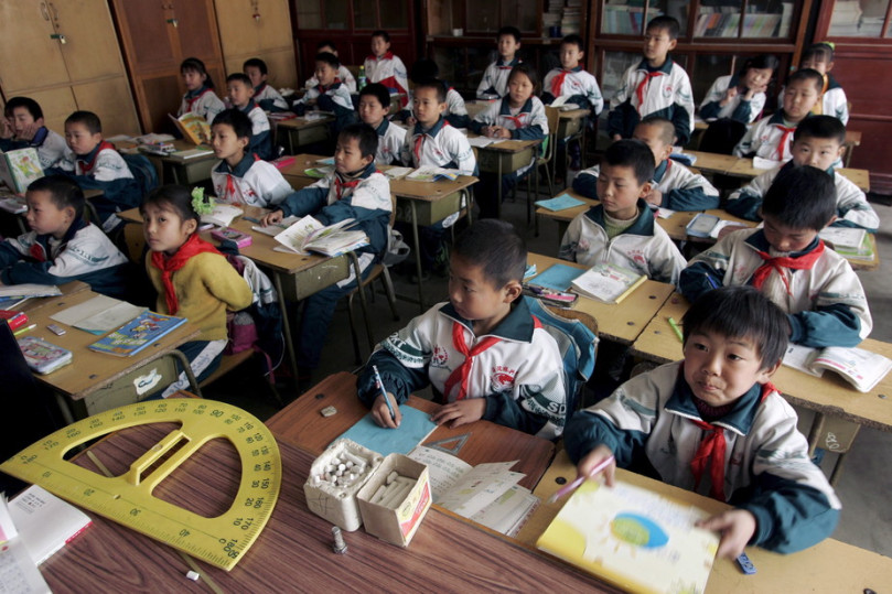 If you had 10 years in a Chinese elementary and middle school to learn Chinese, then rote learning might be fine.