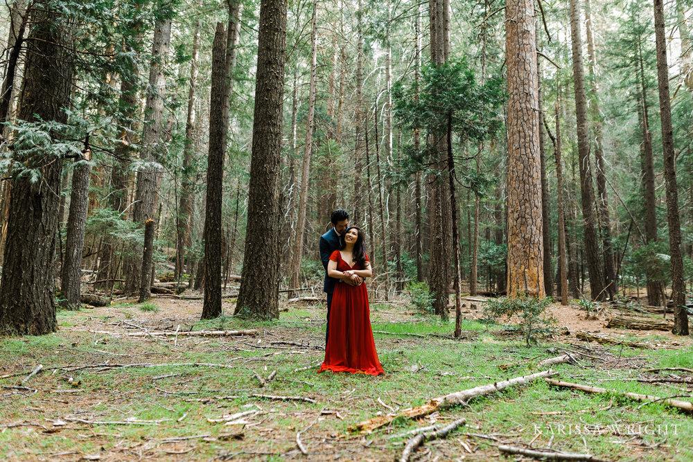 Unposed-Yosemite-Engagement