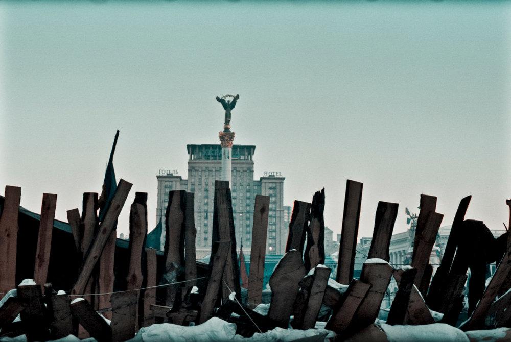 © Sam Asaert - Barricades on Maidan