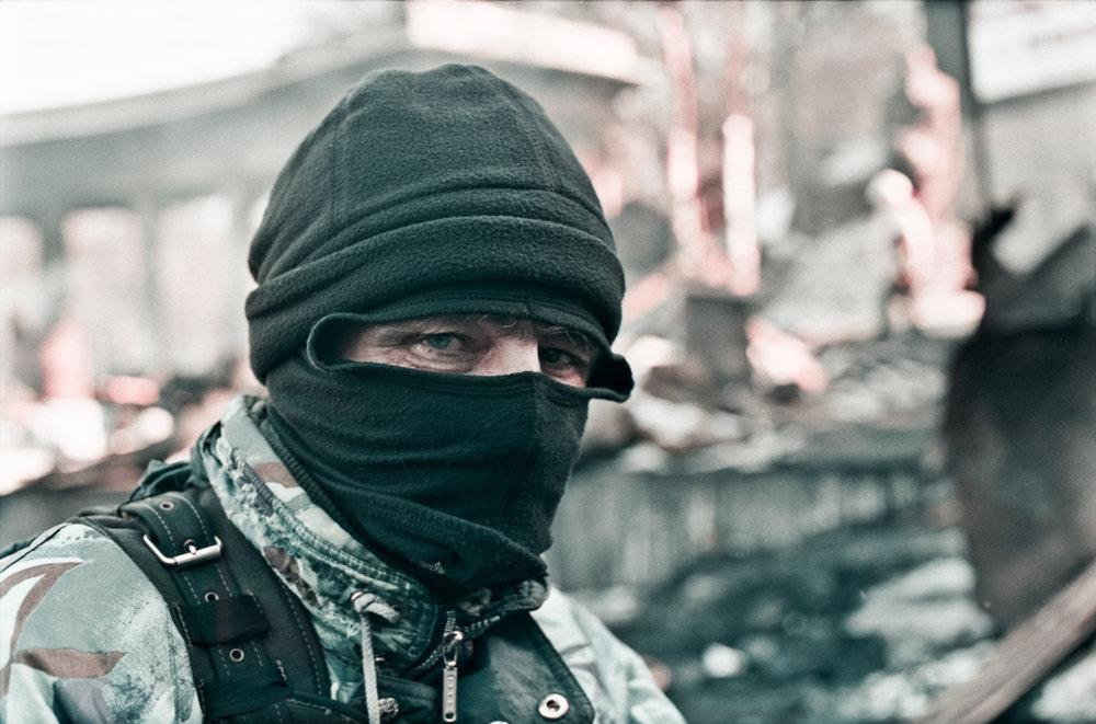 © Sam Asaert - Look on the barricade