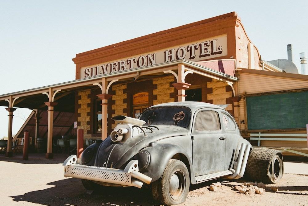 Silverton-Pub.jpg