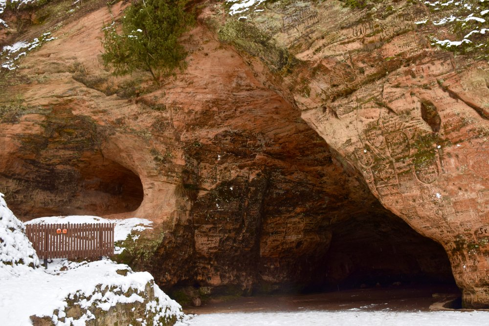 Gutman's Cave