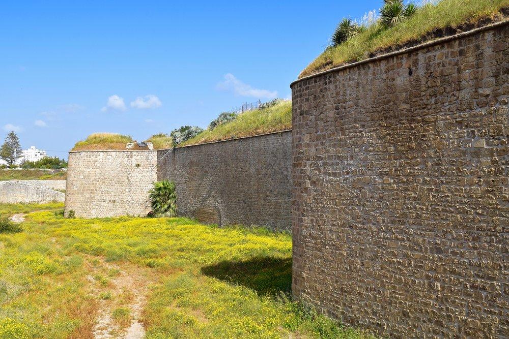 Murallas rodeando la ciudad vieja deAcre