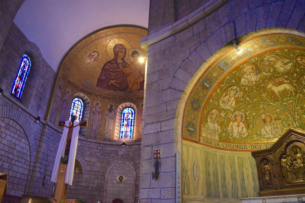 Interior  de la abadía