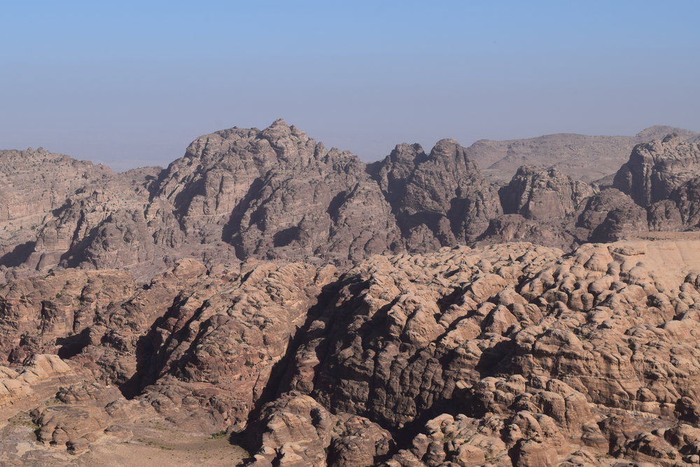 Montañas que ocultan las ruinas de Petra