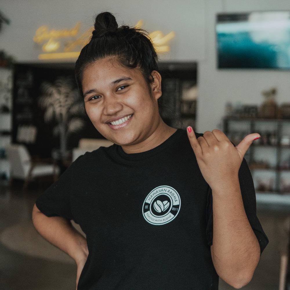careers-barista-waikiki-hawaiian-aroma-caffe