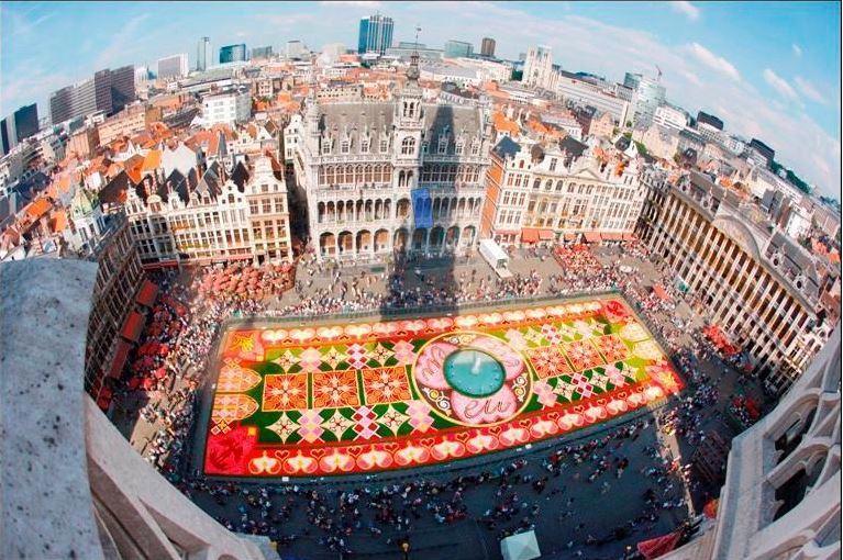Free Tour di Bruxelles - Un'esperienza unica ed originale per le vie della città attraverso la storia, la cultura e le leggende della capitale.Prezzo: Free