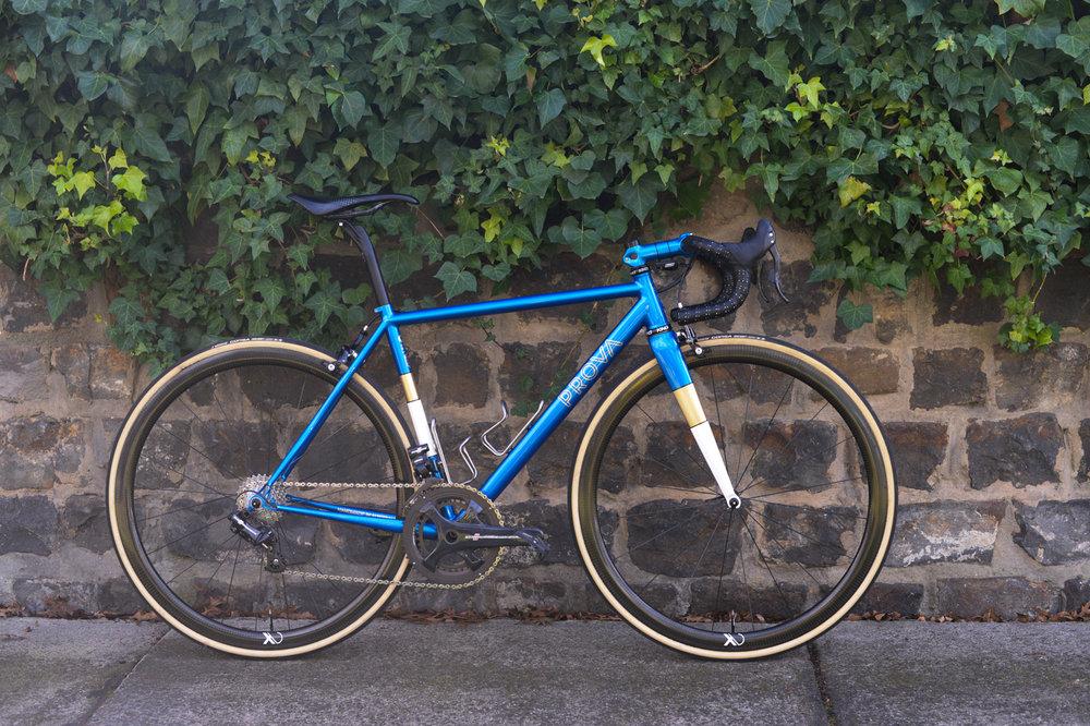 Prova Cycle Razzo Road Campagnolo EPS | FYXO -1.jpg