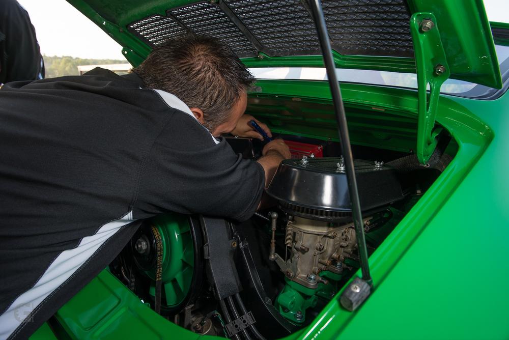 Motor Werks Racing Porsche 911 Service