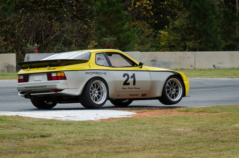 Motor Werks Racing Porsche 944 Turbo Track Support