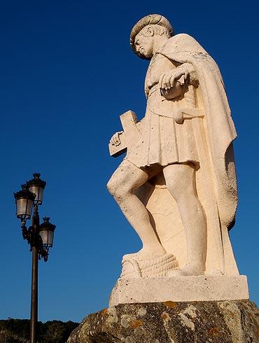 Monumento a Pinzón. También sacado de la página web del Concello de Baiona