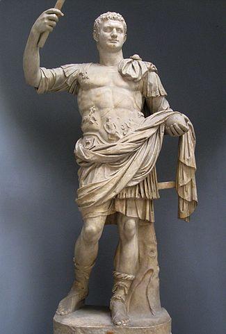 Estatua de Domiciano (con peluca)