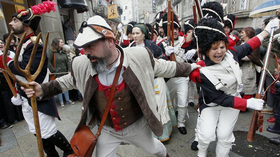 Todos los años se hace una representación de la Reconquista por las calles viguesas. Imagen de La Voz de Galicia