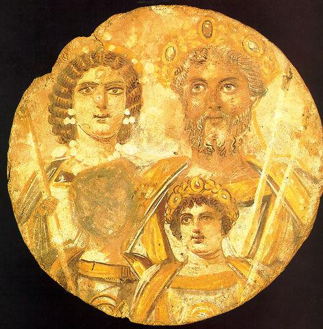 Retrato familiar de los Severos, los niños son Caracalla y Geta, con la cara borrada por orden de su hermano tras su asesinato.