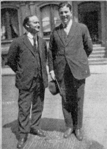 Foto de Argamasilla y Houdini, por su expresión, de antes de que lo jodiera