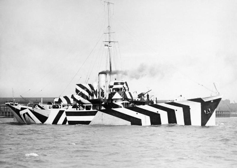 Barco pintado con el Efecto Dazzle
