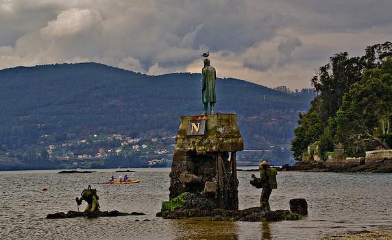 La estatua de Julio Verne (foto de  Vigoé )