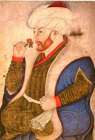 Mehmed II oliendo una flor, que ser conquistador no quita ser sensible