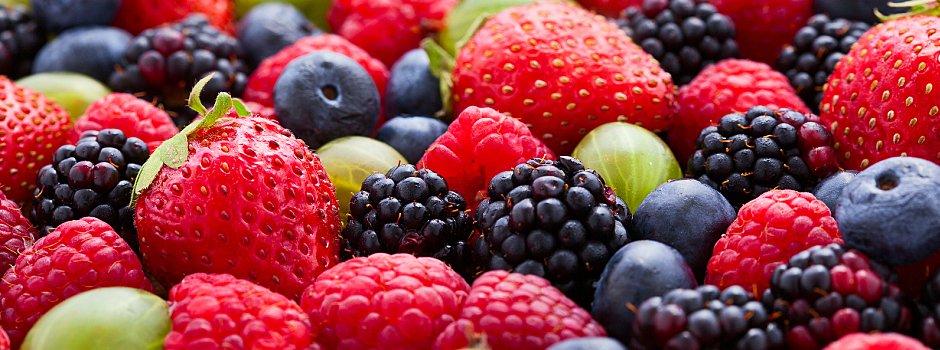 xtypes-of-fruit-fresh-vs-frozen-main.jpg.pagespeed.ic.SDfYCaHSUE.jpg