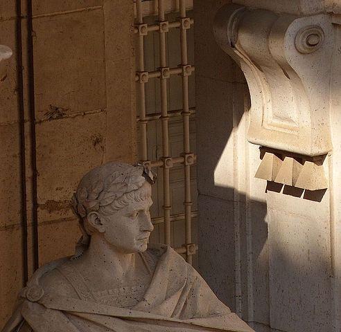 Estatua de Teodosio en el Palacio Real de Madrid