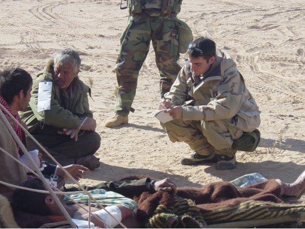 Julio Anguita en Irak, imagen sacada de  aquí