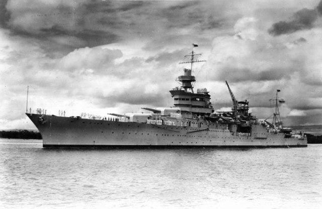 El USS Indianápolis en Pearl Harbour