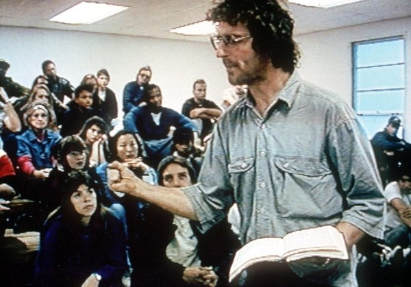 David Koresh con sus seguidores