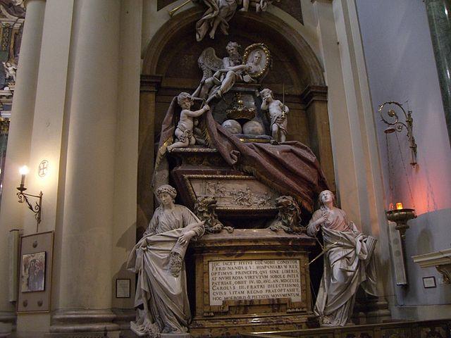 Tumba de Fernando y Bárbara en la iglesia de Santa Bárbera
