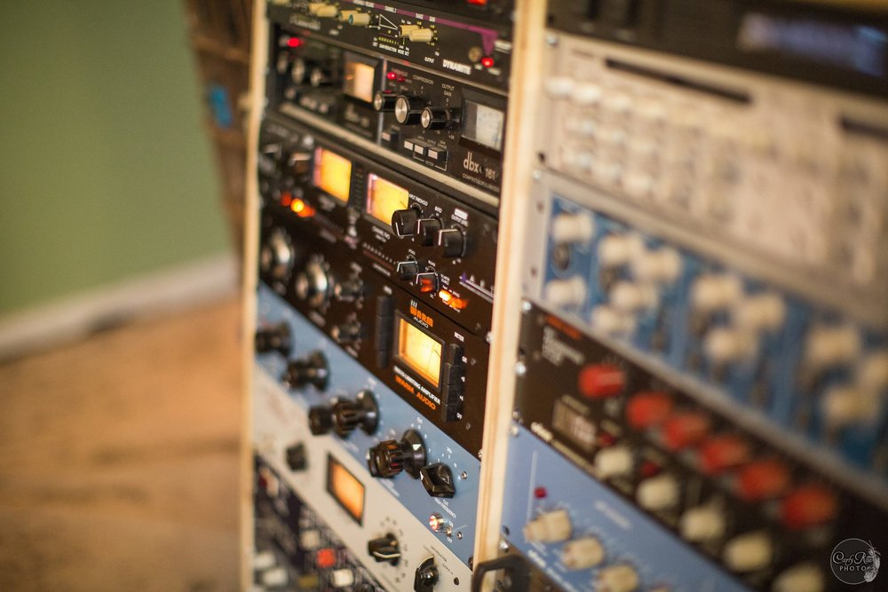 OUTBOARD -