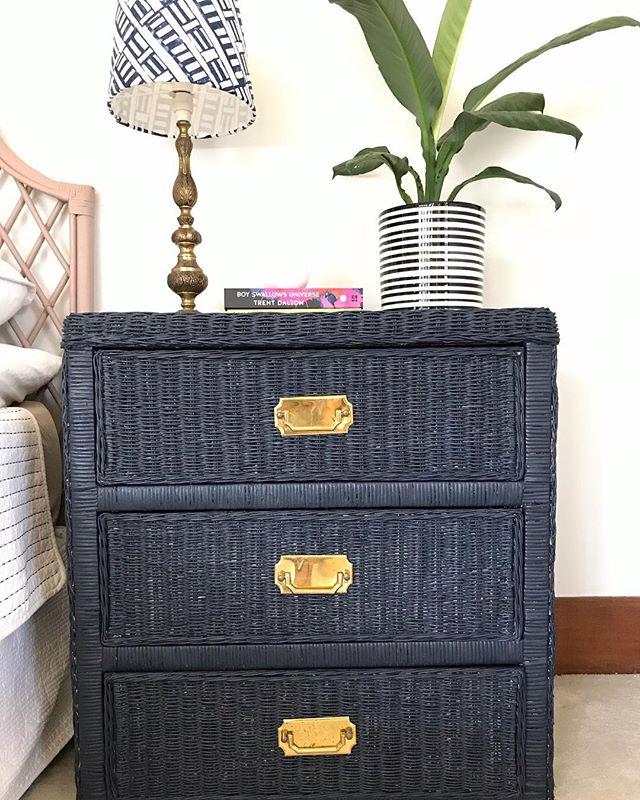 Super smart vintage cane 3 drawer dresser / side table hand painted in a midnight blue with statement rectangular gold hardware. Link in bio for sale details. #midnightblue #bedsidetable #vintagedrawers #vintagehomedecor #canefurniture #vintageshop